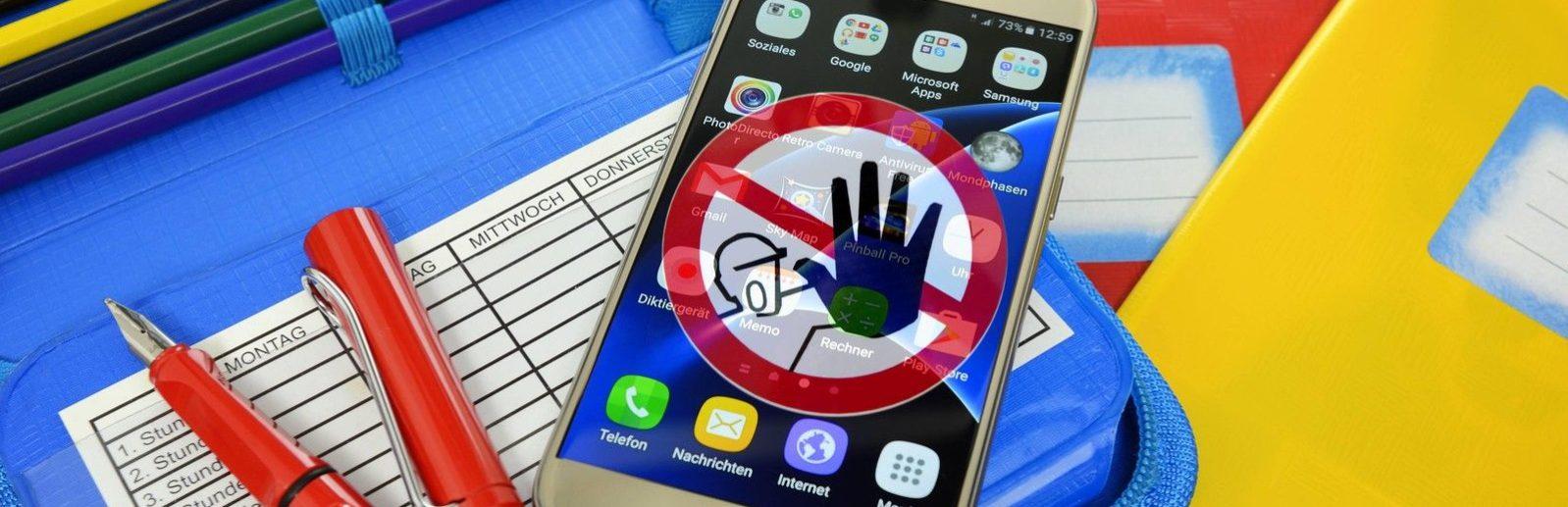 мобильный телефон в школах